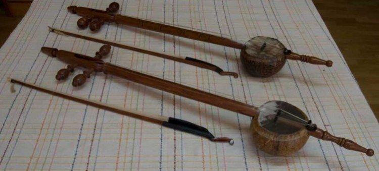 Alat Musik Tradisional Jawa Barat Yang Digesek